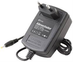 ALIMENTADOR ELECTRONICO 110-230VCA - 5VCC 2,5A - JACK HUECO 2,5x0,75x10,7mm - TABLETS