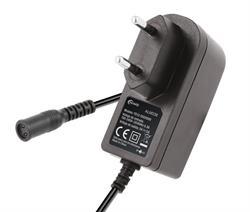 ALIMENTADOR ELECTRONICO NIMO 5V - 2A - 10W - INCL. 8 CLAVIJAS ADAPTADORAS